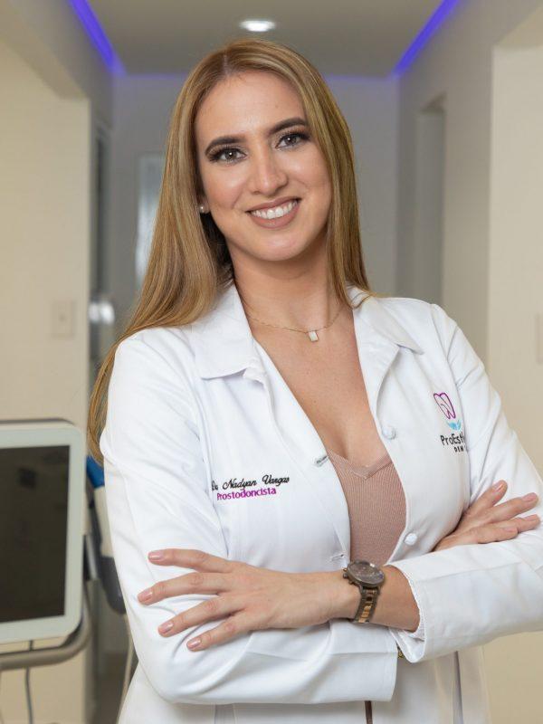 2020 11 15  MAYAGUEZ    En su oficina Proesthetic Dental la Dra Nadyan Vargas .  Para Viva Magazine / Viva Mayaguez -  Nowska Marrero  © Jorge A Ramirez Portela